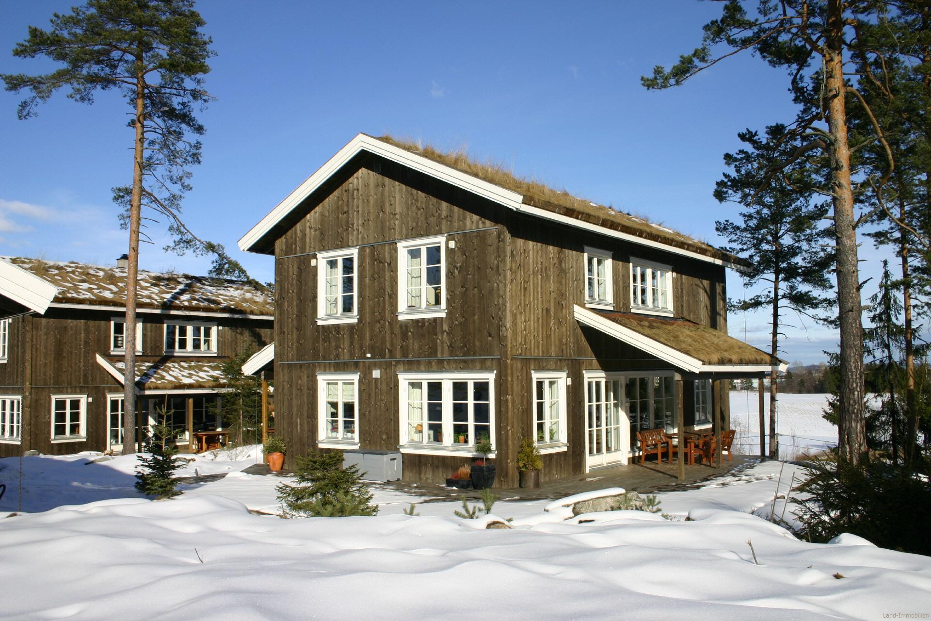 das schwedenhaus ein holzhaus und fertighaus von land immobilien. Black Bedroom Furniture Sets. Home Design Ideas